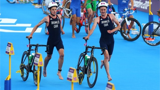 The Brownlee brothers going for glory in their triahtlon kits. Those work in summer. Image: www.london2012.com